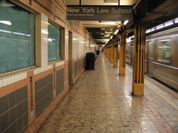 (94k, 750x562)<br><b>Country:</b> United States<br><b>City:</b> New York<br><b>System:</b> New York City Transit<br><b>Line:</b> IRT West Side Line<br><b>Location:</b> Franklin Street <br><b>Photo by:</b> Robbie Rosenfeld<br><b>Date:</b> 5/4/2005<br><b>Viewed (this week/total):</b> 1 / 4050