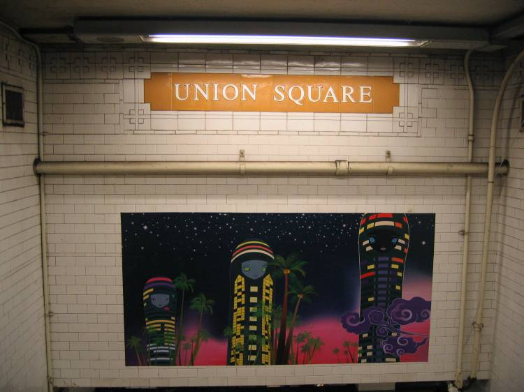 (49k, 750x562)<br><b>Country:</b> United States<br><b>City:</b> New York<br><b>System:</b> New York City Transit<br><b>Line:</b> BMT Broadway Line<br><b>Location:</b> 14th Street/Union Square <br><b>Photo by:</b> Robbie Rosenfeld<br><b>Date:</b> 5/17/2005<br><b>Artwork:</b> <i>City Glow</i>, Chiho Aoshima (2005).<br><b>Viewed (this week/total):</b> 0 / 4020