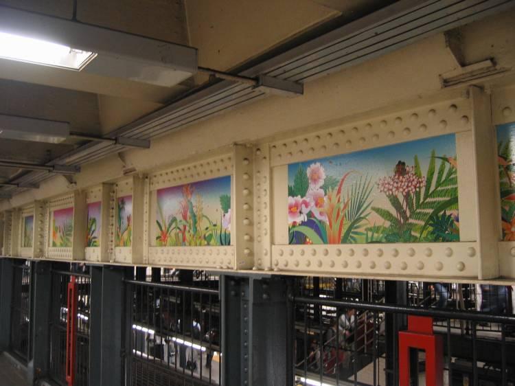 (52k, 750x562)<br><b>Country:</b> United States<br><b>City:</b> New York<br><b>System:</b> New York City Transit<br><b>Line:</b> IRT East Side Line<br><b>Location:</b> 14th Street/Union Square <br><b>Photo by:</b> Robbie Rosenfeld<br><b>Date:</b> 5/17/2005<br><b>Artwork:</b> <i>Paradise</i>, Chiho Aoshima (2005).<br><b>Viewed (this week/total):</b> 2 / 2918