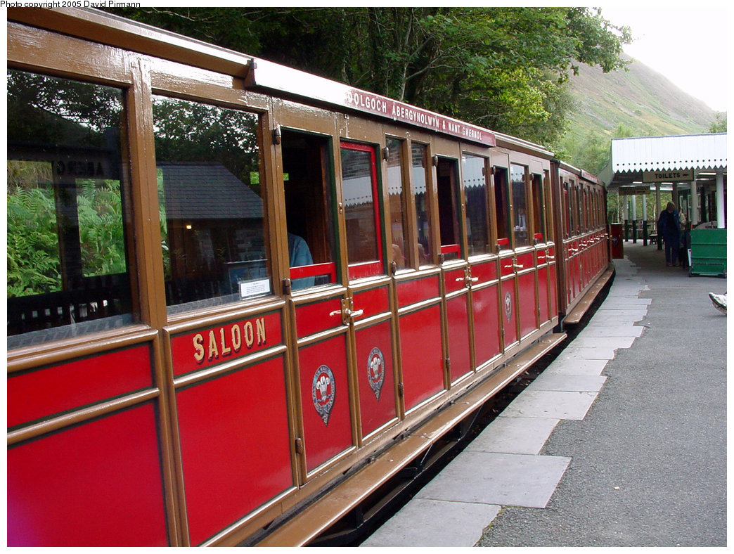 (274k, 1044x788)<br><b>Country:</b> United Kingdom<br><b>System:</b> Talyllyn Railway <br><b>Photo by:</b> David Pirmann<br><b>Date:</b> 9/6/2000<br><b>Viewed (this week/total):</b> 2 / 1191