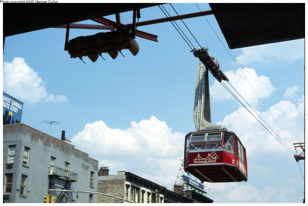 (174k, 1044x699)<br><b>Country:</b> United States<br><b>City:</b> New York<br><b>System:</b> Roosevelt Island Tram<br><b>Photo by:</b> George Cuhaj<br><b>Date:</b> 7/2/1976<br><b>Viewed (this week/total):</b> 3 / 7541
