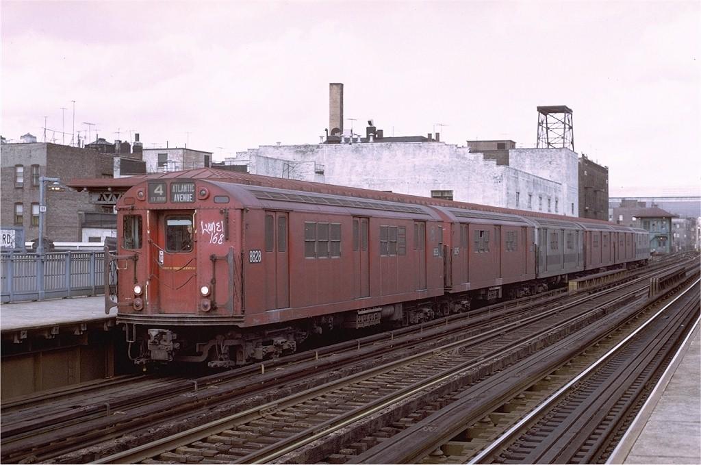 (188k, 1024x679)<br><b>Country:</b> United States<br><b>City:</b> New York<br><b>System:</b> New York City Transit<br><b>Line:</b> IRT Woodlawn Line<br><b>Location:</b> Fordham Road <br><b>Route:</b> 4<br><b>Car:</b> R-33 Main Line (St. Louis, 1962-63) 8828 <br><b>Photo by:</b> Joe Testagrose<br><b>Date:</b> 4/2/1972<br><b>Viewed (this week/total):</b> 2 / 2715