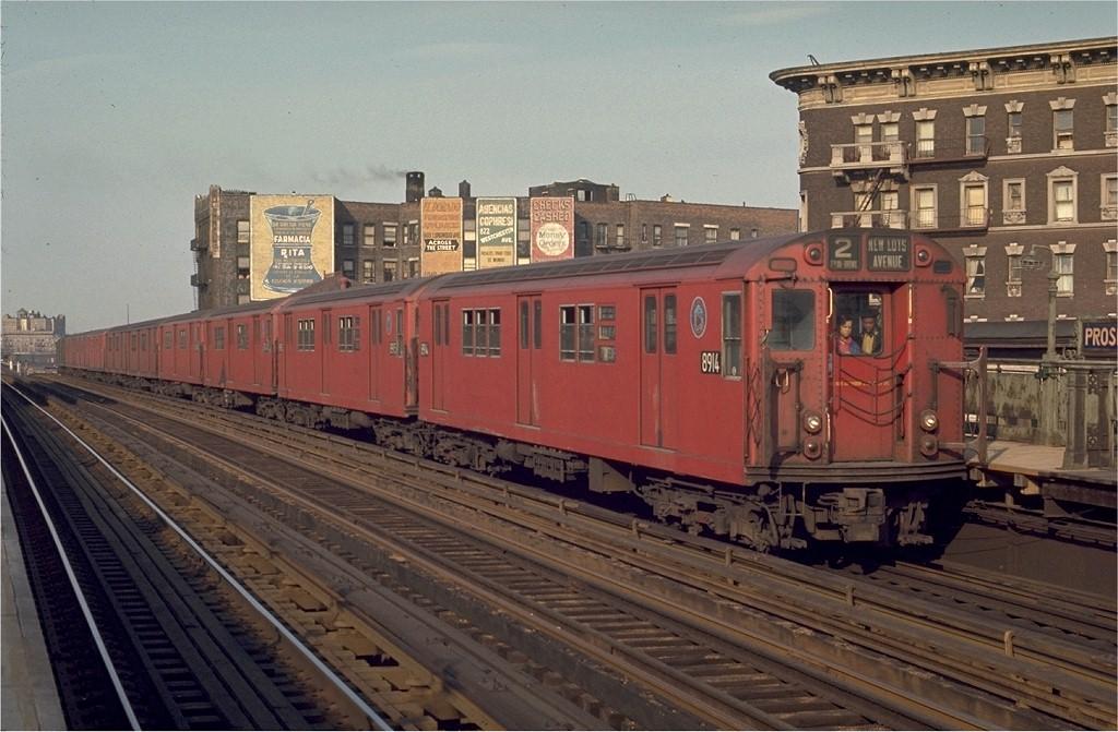 (192k, 1024x671)<br><b>Country:</b> United States<br><b>City:</b> New York<br><b>System:</b> New York City Transit<br><b>Line:</b> IRT White Plains Road Line<br><b>Location:</b> Prospect Avenue <br><b>Route:</b> 2<br><b>Car:</b> R-33 Main Line (St. Louis, 1962-63) 8914 <br><b>Photo by:</b> Joe Testagrose<br><b>Date:</b> 5/2/1970<br><b>Viewed (this week/total):</b> 1 / 2158