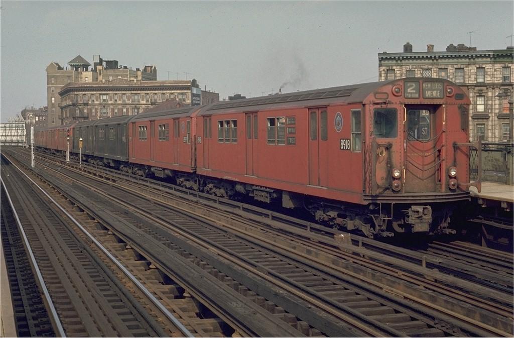 (196k, 1024x673)<br><b>Country:</b> United States<br><b>City:</b> New York<br><b>System:</b> New York City Transit<br><b>Line:</b> IRT White Plains Road Line<br><b>Location:</b> Simpson Street <br><b>Route:</b> 2<br><b>Car:</b> R-33 Main Line (St. Louis, 1962-63) 8918 <br><b>Photo by:</b> Joe Testagrose<br><b>Date:</b> 5/9/1970<br><b>Viewed (this week/total):</b> 0 / 3058