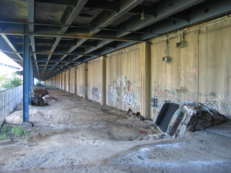 (104k, 800x600)<br><b>Country:</b> United States<br><b>City:</b> New York<br><b>System:</b> New York City Transit<br><b>Line:</b> 9th Avenue El<br><b>Location:</b> Sedgwick Avenue <br><b>Photo by:</b> Brian Weinberg<br><b>Date:</b> 8/4/2004<br><b>Viewed (this week/total):</b> 9 / 4159