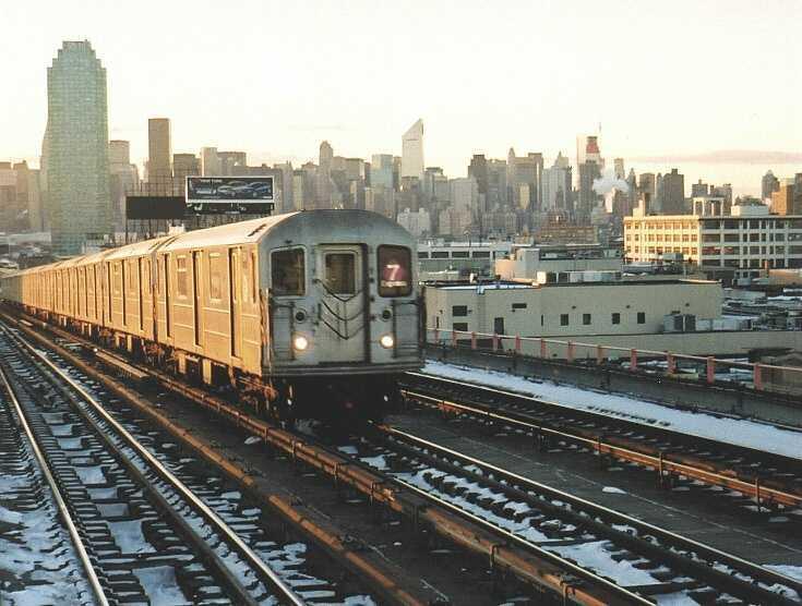 (61k, 735x556)<br><b>Country:</b> United States<br><b>City:</b> New York<br><b>System:</b> New York City Transit<br><b>Line:</b> IRT Flushing Line<br><b>Location:</b> 40th Street/Lowery Street <br><b>Route:</b> 7<br><b>Car:</b> R-62A (Bombardier, 1984-1987)  1841 <br><b>Photo by:</b> Gary Chatterton<br><b>Date:</b> 1/16/2004<br><b>Viewed (this week/total):</b> 7 / 2878