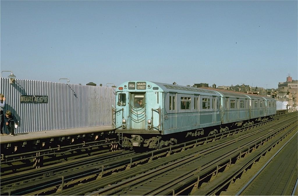 (196k, 1024x673)<br><b>Country:</b> United States<br><b>City:</b> New York<br><b>System:</b> New York City Transit<br><b>Line:</b> IRT White Plains Road Line<br><b>Location:</b> Intervale Avenue <br><b>Route:</b> Fan Trip<br><b>Car:</b> R-33 World's Fair (St. Louis, 1963-64) 9328 <br><b>Photo by:</b> Joe Testagrose<br><b>Date:</b> 10/27/1974<br><b>Viewed (this week/total):</b> 0 / 2950