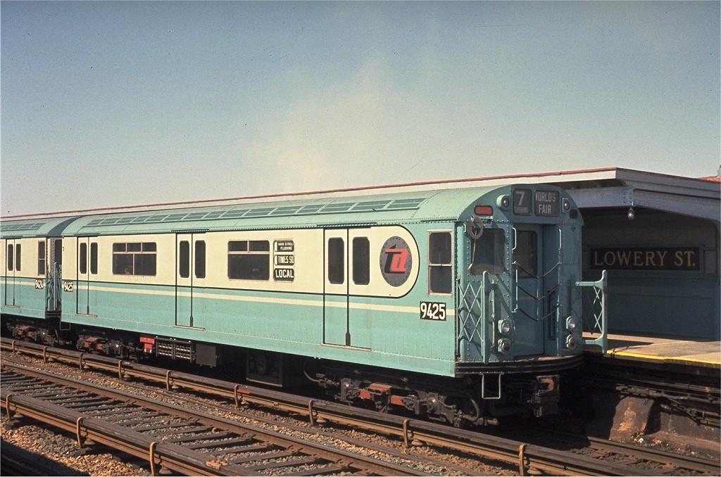 (224k, 1024x678)<br><b>Country:</b> United States<br><b>City:</b> New York<br><b>System:</b> New York City Transit<br><b>Line:</b> IRT Flushing Line<br><b>Location:</b> 40th Street/Lowery Street <br><b>Route:</b> 7<br><b>Car:</b> R-36 World's Fair (St. Louis, 1963-64) 9425 <br><b>Photo by:</b> Joel Shanus<br><b>Collection of:</b> Joe Testagrose<br><b>Date:</b> 3/20/1964<br><b>Viewed (this week/total):</b> 5 / 3729