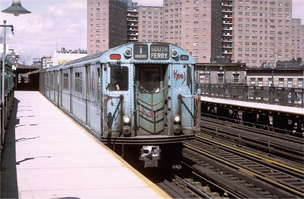 (238k, 1024x671)<br><b>Country:</b> United States<br><b>City:</b> New York<br><b>System:</b> New York City Transit<br><b>Line:</b> IRT West Side Line<br><b>Location:</b> 125th Street <br><b>Route:</b> 1<br><b>Car:</b> R-36 World's Fair (St. Louis, 1963-64) 9517 <br><b>Photo by:</b> Doug Grotjahn<br><b>Collection of:</b> Joe Testagrose<br><b>Date:</b> 5/21/1972<br><b>Viewed (this week/total):</b> 1 / 2695