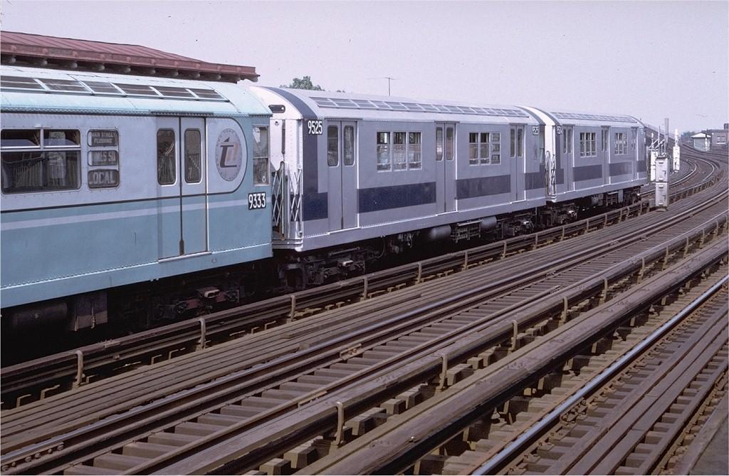 (214k, 1024x668)<br><b>Country:</b> United States<br><b>City:</b> New York<br><b>System:</b> New York City Transit<br><b>Line:</b> IRT Flushing Line<br><b>Location:</b> 103rd Street/Corona Plaza <br><b>Route:</b> 7<br><b>Car:</b> R-36 Main Line (St. Louis, 1964) 9525 <br><b>Photo by:</b> Doug Grotjahn<br><b>Collection of:</b> Joe Testagrose<br><b>Date:</b> 7/16/1972<br><b>Viewed (this week/total):</b> 0 / 4310