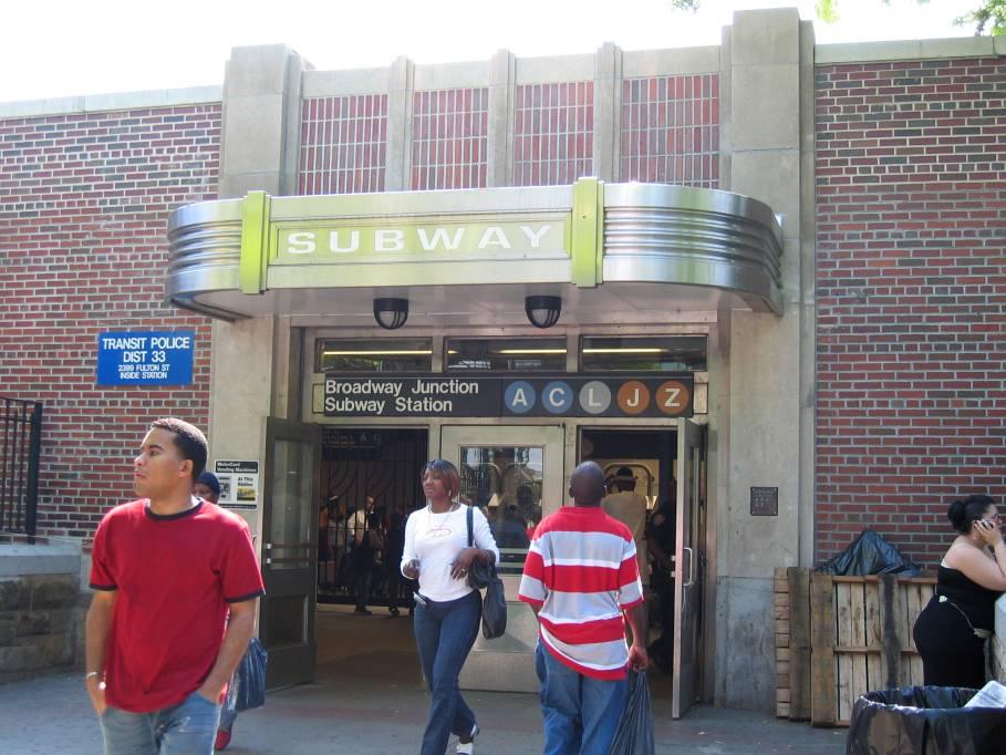 (94k, 909x682)<br><b>Country:</b> United States<br><b>City:</b> New York<br><b>System:</b> New York City Transit<br><b>Line:</b> IND Fulton Street Line<br><b>Location:</b> Broadway/East New York (Broadway Junction) <br><b>Photo by:</b> Robbie Rosenfeld<br><b>Date:</b> 6/2005<br><b>Notes:</b> Entrance to the Broadway Junction station complex.<br><b>Viewed (this week/total):</b> 1 / 7243