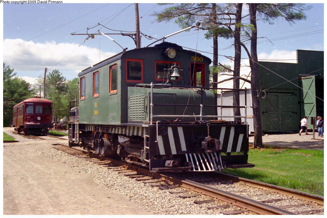 (263k, 1044x699)<br><b>Country:</b> United States<br><b>City:</b> Kennebunk, ME<br><b>System:</b> Seashore Trolley Museum <br><b>Car:</b> Oshawa Railway (Baldwin/Westinghouse) 300 <br><b>Photo by:</b> David Pirmann<br><b>Date:</b> 5/25/1996<br><b>Viewed (this week/total):</b> 3 / 1355