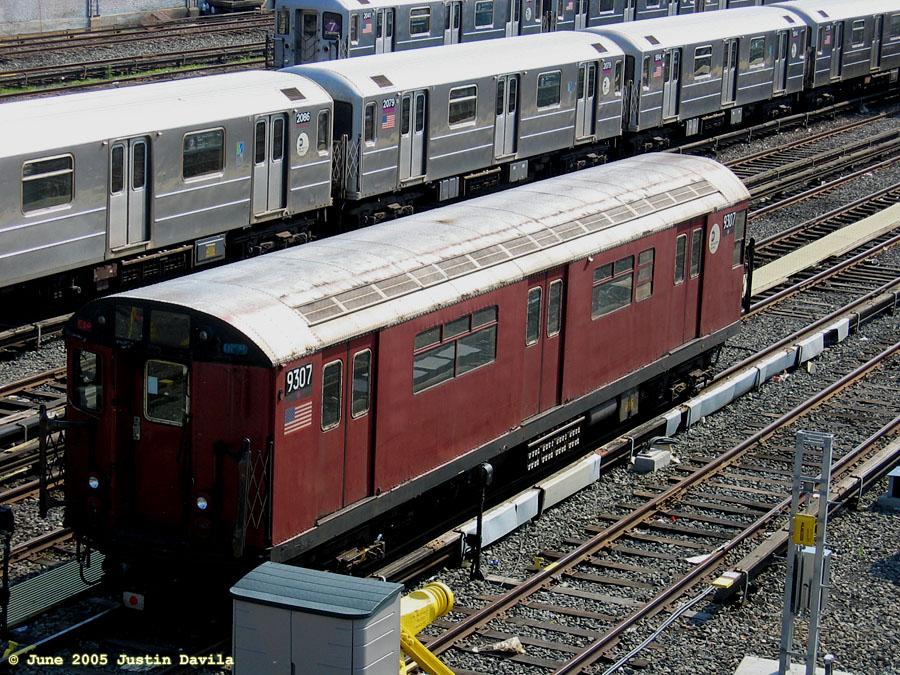 (258k, 900x675)<br><b>Country:</b> United States<br><b>City:</b> New York<br><b>System:</b> New York City Transit<br><b>Location:</b> Corona Yard<br><b>Car:</b> R-33 World's Fair (St. Louis, 1963-64) 9307 <br><b>Photo by:</b> Justin Davila<br><b>Date:</b> 6/8/2005<br><b>Viewed (this week/total):</b> 5 / 3584