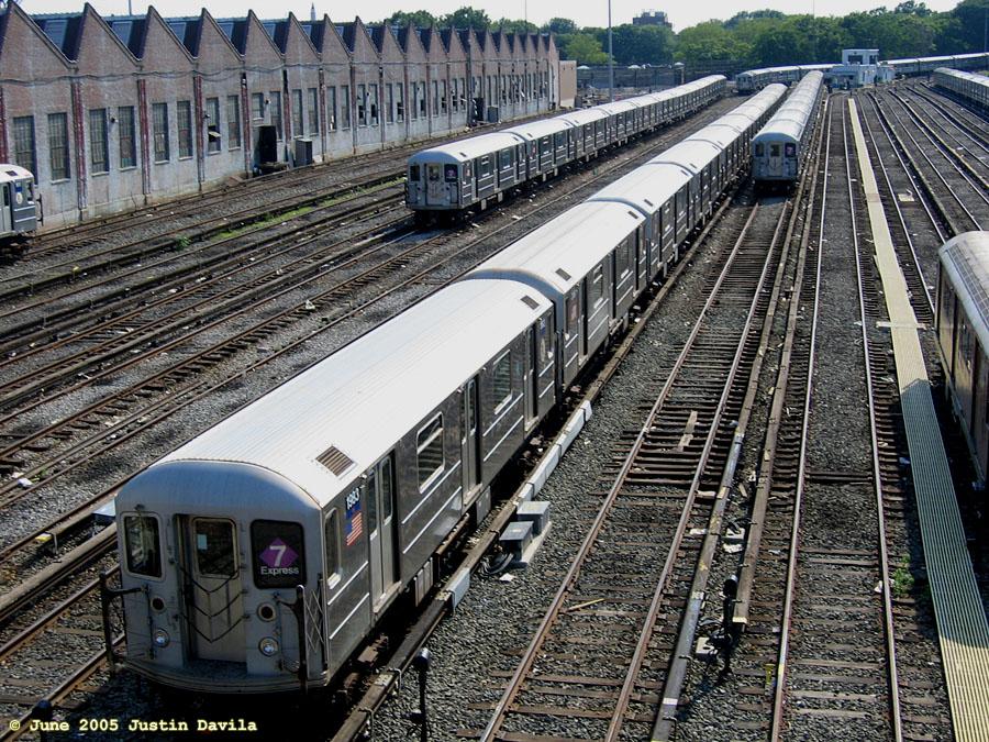 (288k, 900x675)<br><b>Country:</b> United States<br><b>City:</b> New York<br><b>System:</b> New York City Transit<br><b>Location:</b> Corona Yard<br><b>Car:</b> R-62A (Bombardier, 1984-1987)  1983 <br><b>Photo by:</b> Justin Davila<br><b>Date:</b> 6/8/2005<br><b>Viewed (this week/total):</b> 1 / 3328