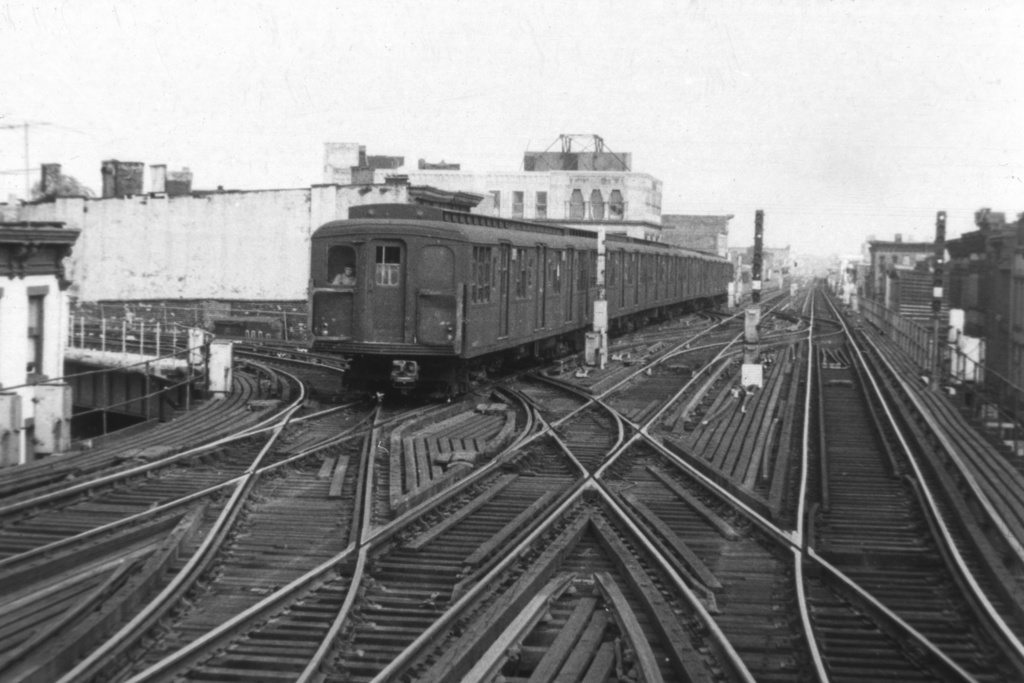 (214k, 1024x683)<br><b>Country:</b> United States<br><b>City:</b> New York<br><b>System:</b> New York City Transit<br><b>Line:</b> BMT Nassau Street/Jamaica Line<br><b>Location:</b> Myrtle Avenue <br><b>Car:</b> BMT A/B-Type Standard  <br><b>Collection of:</b> David Pirmann<br><b>Viewed (this week/total):</b> 1 / 3583