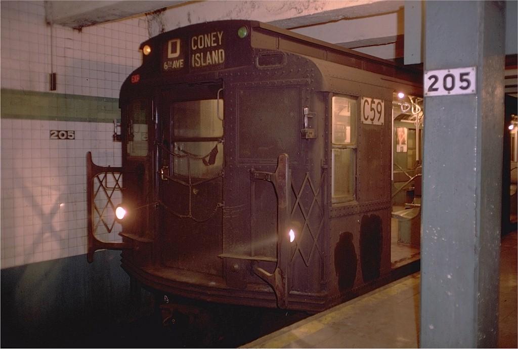 (160k, 1024x690)<br><b>Country:</b> United States<br><b>City:</b> New York<br><b>System:</b> New York City Transit<br><b>Line:</b> IND Concourse Line<br><b>Location:</b> 205th Street <br><b>Route:</b> D<br><b>Car:</b> R-9 (American Car & Foundry, 1940)  C59 (ex-1670)<br><b>Photo by:</b> Doug Grotjahn<br><b>Collection of:</b> Joe Testagrose<br><b>Date:</b> 2/22/1969<br><b>Viewed (this week/total):</b> 6 / 4018