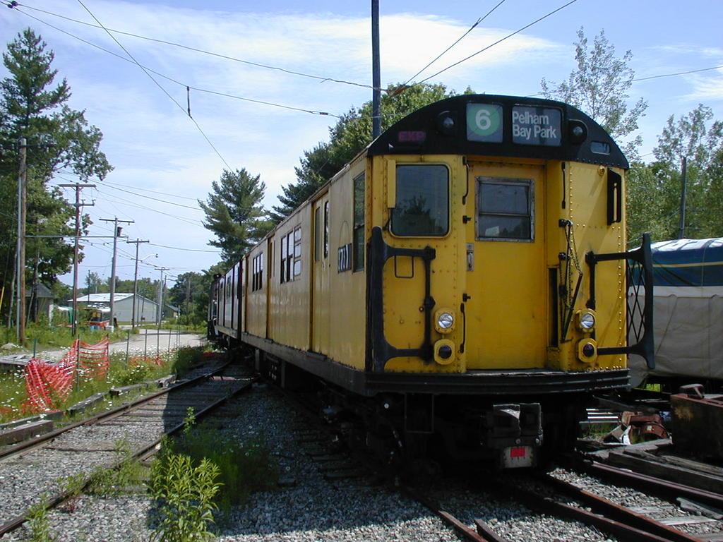(159k, 1024x768)<br><b>Country:</b> United States<br><b>City:</b> Kennebunk, ME<br><b>System:</b> Seashore Trolley Museum <br><b>Car:</b> R-22 (St. Louis, 1957-58) 37371 <br><b>Photo by:</b> Todd Glickman<br><b>Date:</b> 6/24/2005<br><b>Viewed (this week/total):</b> 0 / 2515
