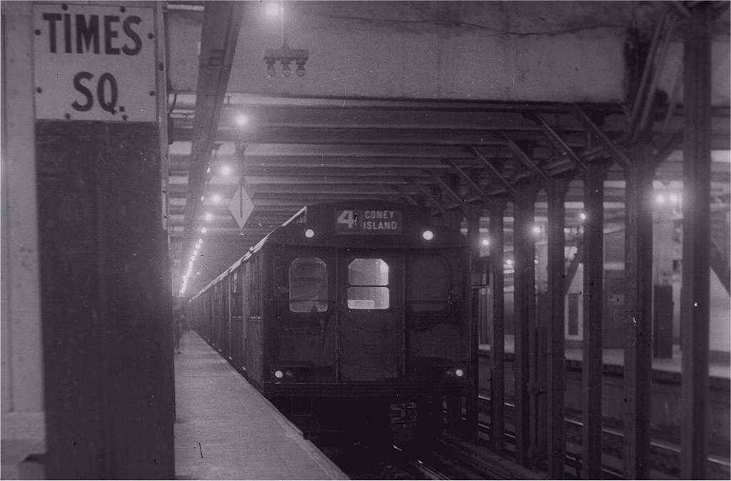 (154k, 1024x674)<br><b>Country:</b> United States<br><b>City:</b> New York<br><b>System:</b> New York City Transit<br><b>Line:</b> BMT Broadway Line<br><b>Location:</b> Times Square/42nd Street <br><b>Car:</b> BMT D-Type Triplex  <br><b>Collection of:</b> Joe Testagrose<br><b>Viewed (this week/total):</b> 3 / 5293