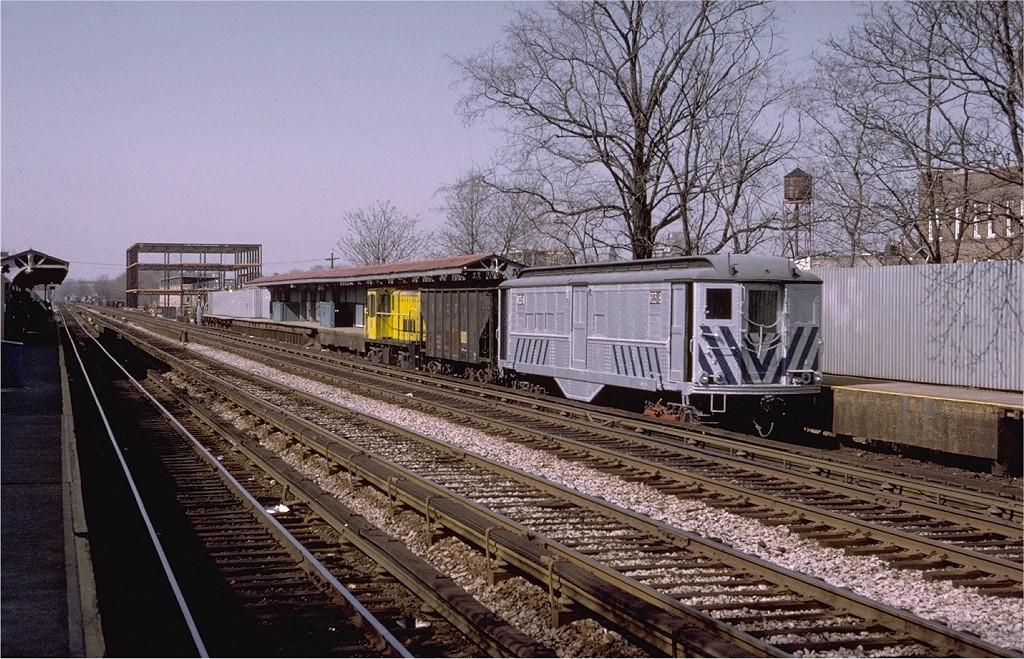 (263k, 1024x659)<br><b>Country:</b> United States<br><b>City:</b> New York<br><b>System:</b> New York City Transit<br><b>Line:</b> BMT Brighton Line<br><b>Location:</b> Avenue M <br><b>Car:</b> Low-V RD318 (ex-5420)<br><b>Photo by:</b> Joe Testagrose<br><b>Date:</b> 4/15/1973<br><b>Viewed (this week/total):</b> 0 / 3373