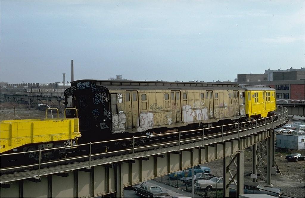 (184k, 1024x667)<br><b>Country:</b> United States<br><b>City:</b> New York<br><b>System:</b> New York City Transit<br><b>Line:</b> BMT West End Line<br><b>Location:</b> Bay 50th Street <br><b>Car:</b> R-4 (American Car & Foundry, 1932-1933) M554 (ex-475)<br><b>Photo by:</b> Steve Zabel<br><b>Collection of:</b> Joe Testagrose<br><b>Date:</b> 12/3/1981<br><b>Viewed (this week/total):</b> 4 / 3560
