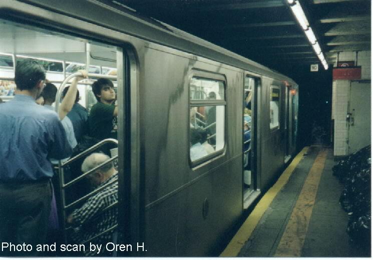 (60k, 745x520)<br><b>Country:</b> United States<br><b>City:</b> New York<br><b>System:</b> New York City Transit<br><b>Line:</b> IRT East Side Line<br><b>Location:</b> 77th Street <br><b>Route:</b> 6<br><b>Car:</b> R-142A (Primary Order, Kawasaki, 1999-2002)  7361 <br><b>Photo by:</b> Oren H.<br><b>Date:</b> 6/20/2001<br><b>Viewed (this week/total):</b> 1 / 5238