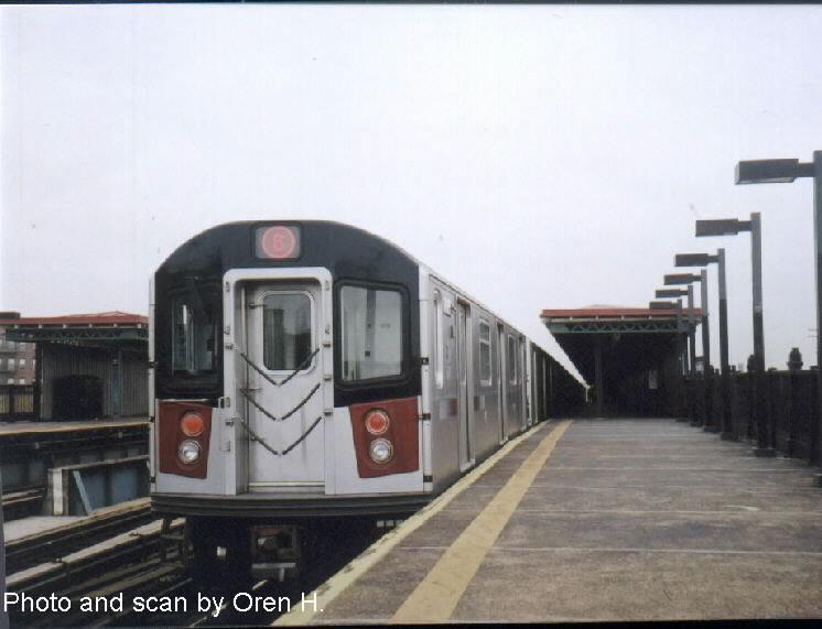 (52k, 746x571)<br><b>Country:</b> United States<br><b>City:</b> New York<br><b>System:</b> New York City Transit<br><b>Line:</b> IRT Pelham Line<br><b>Location:</b> Whitlock Avenue <br><b>Route:</b> 6<br><b>Car:</b> R-142A (Primary Order, Kawasaki, 1999-2002)  7435 <br><b>Photo by:</b> Oren H.<br><b>Date:</b> 5/26/2002<br><b>Viewed (this week/total):</b> 0 / 3458
