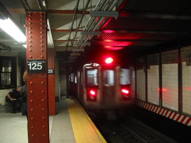 (95k, 640x480)<br><b>Country:</b> United States<br><b>City:</b> New York<br><b>System:</b> New York City Transit<br><b>Line:</b> IRT East Side Line<br><b>Location:</b> 125th Street <br><b>Route:</b> 6<br><b>Car:</b> R-142 or R-142A (Number Unknown)  <br><b>Photo by:</b> Oren H.<br><b>Date:</b> 8/6/2002<br><b>Viewed (this week/total):</b> 0 / 6828