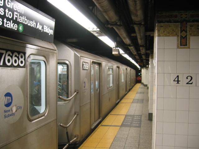(92k, 640x480)<br><b>Country:</b> United States<br><b>City:</b> New York<br><b>System:</b> New York City Transit<br><b>Line:</b> IRT East Side Line<br><b>Location:</b> Grand Central <br><b>Route:</b> 6<br><b>Car:</b> R-142A (Option Order, Kawasaki, 2002-2003)  7669 <br><b>Photo by:</b> Oren H.<br><b>Date:</b> 11/30/2002<br><b>Viewed (this week/total):</b> 1 / 4366