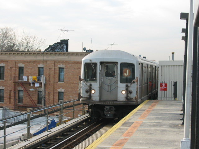 (99k, 640x480)<br><b>Country:</b> United States<br><b>City:</b> New York<br><b>System:</b> New York City Transit<br><b>Line:</b> BMT Nassau Street/Jamaica Line<br><b>Location:</b> Norwood Avenue <br><b>Route:</b> J<br><b>Car:</b> R-40M (St. Louis, 1969)  4531 <br><b>Photo by:</b> Oren H.<br><b>Date:</b> 12/22/2003<br><b>Viewed (this week/total):</b> 4 / 4216