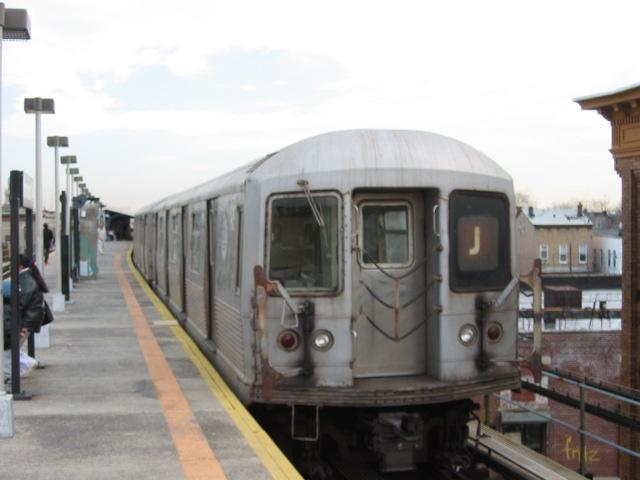 (76k, 640x480)<br><b>Country:</b> United States<br><b>City:</b> New York<br><b>System:</b> New York City Transit<br><b>Line:</b> BMT Nassau Street/Jamaica Line<br><b>Location:</b> Norwood Avenue <br><b>Route:</b> J<br><b>Car:</b> R-42 (St. Louis, 1969-1970)  4759 <br><b>Photo by:</b> Oren H.<br><b>Date:</b> 12/22/2003<br><b>Viewed (this week/total):</b> 3 / 3047