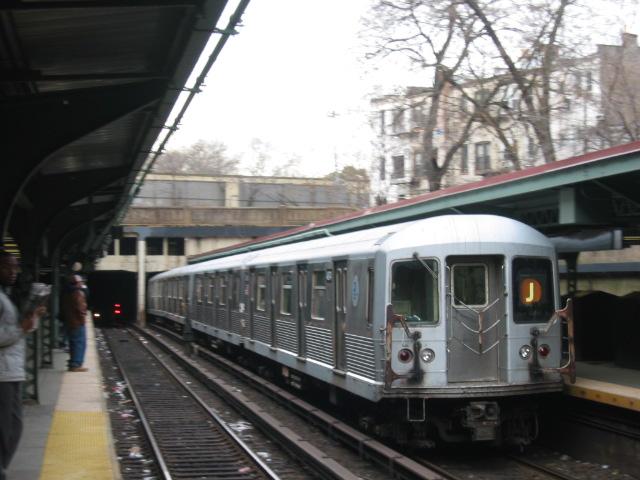 (102k, 640x480)<br><b>Country:</b> United States<br><b>City:</b> New York<br><b>System:</b> New York City Transit<br><b>Line:</b> BMT Brighton Line<br><b>Location:</b> Prospect Park <br><b>Route:</b> J<br><b>Car:</b> R-42 (St. Louis, 1969-1970)  4874 <br><b>Photo by:</b> Oren H.<br><b>Date:</b> 1/15/2005<br><b>Notes:</b> Construction shuttle service.<br><b>Viewed (this week/total):</b> 0 / 3527