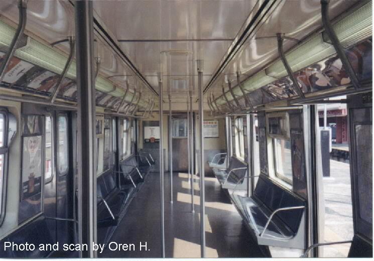 (69k, 745x520)<br><b>Country:</b> United States<br><b>City:</b> New York<br><b>System:</b> New York City Transit<br><b>Car:</b> R-42 (St. Louis, 1969-1970)  Interior <br><b>Photo by:</b> Oren H.<br><b>Viewed (this week/total):</b> 1 / 2441