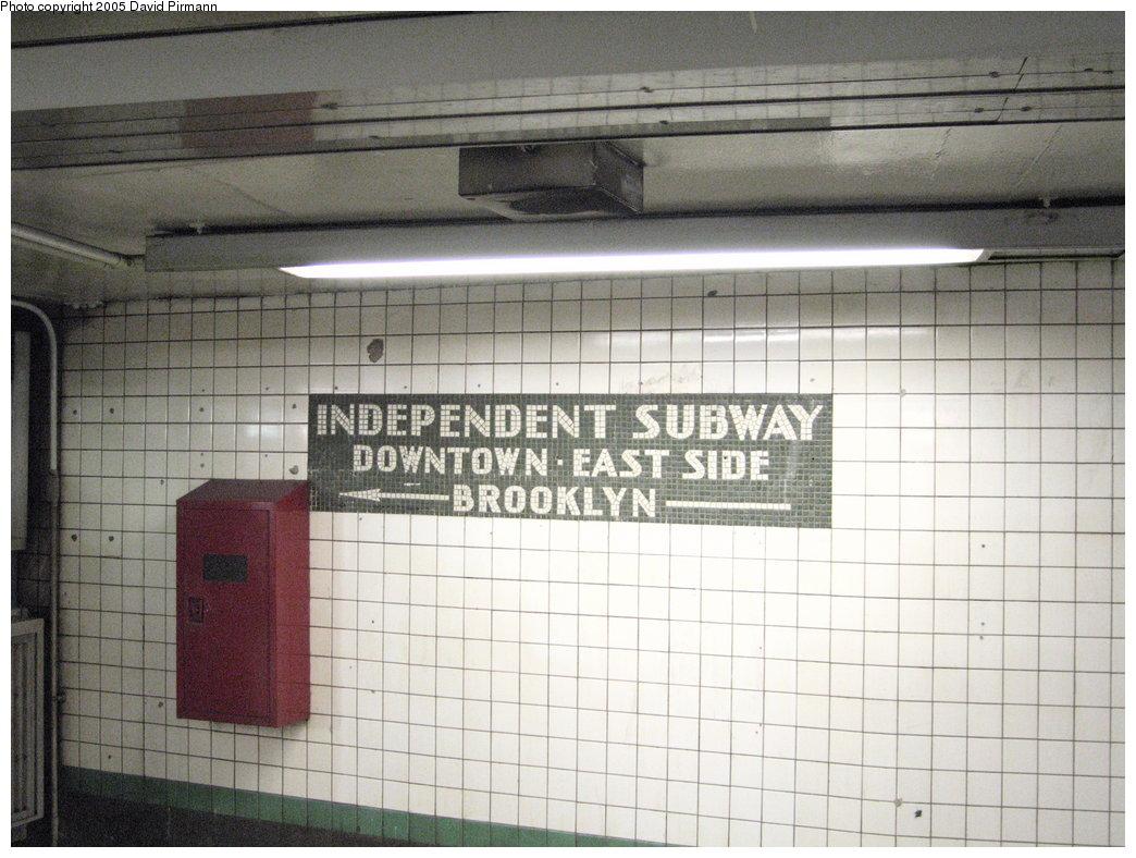 (184k, 1044x788)<br><b>Country:</b> United States<br><b>City:</b> New York<br><b>System:</b> New York City Transit<br><b>Line:</b> IND 6th Avenue Line<br><b>Location:</b> 14th Street<br><b>Photo by:</b> David Pirmann<br><b>Date:</b> 6/30/2005<br><b>Notes:</b> IND directional mosaic tablet<br><b>Viewed (this week/total):</b> 0 / 3381