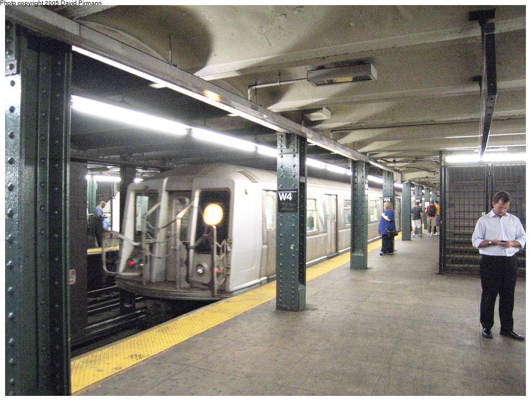 (240k, 1044x788)<br><b>Country:</b> United States<br><b>City:</b> New York<br><b>System:</b> New York City Transit<br><b>Line:</b> IND 6th Avenue Line<br><b>Location:</b> West 4th Street/Washington Square <br><b>Route:</b> B<br><b>Car:</b> R-40 (St. Louis, 1968)  4166 <br><b>Photo by:</b> David Pirmann<br><b>Date:</b> 6/30/2005<br><b>Notes:</b> Southbound platform<br><b>Viewed (this week/total):</b> 0 / 3686