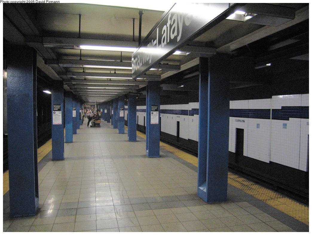 (232k, 1044x788)<br><b>Country:</b> United States<br><b>City:</b> New York<br><b>System:</b> New York City Transit<br><b>Line:</b> IND 6th Avenue Line<br><b>Location:</b> Broadway/Lafayette <br><b>Photo by:</b> David Pirmann<br><b>Date:</b> 6/30/2005<br><b>Notes:</b> View of southbound platform<br><b>Viewed (this week/total):</b> 0 / 2842