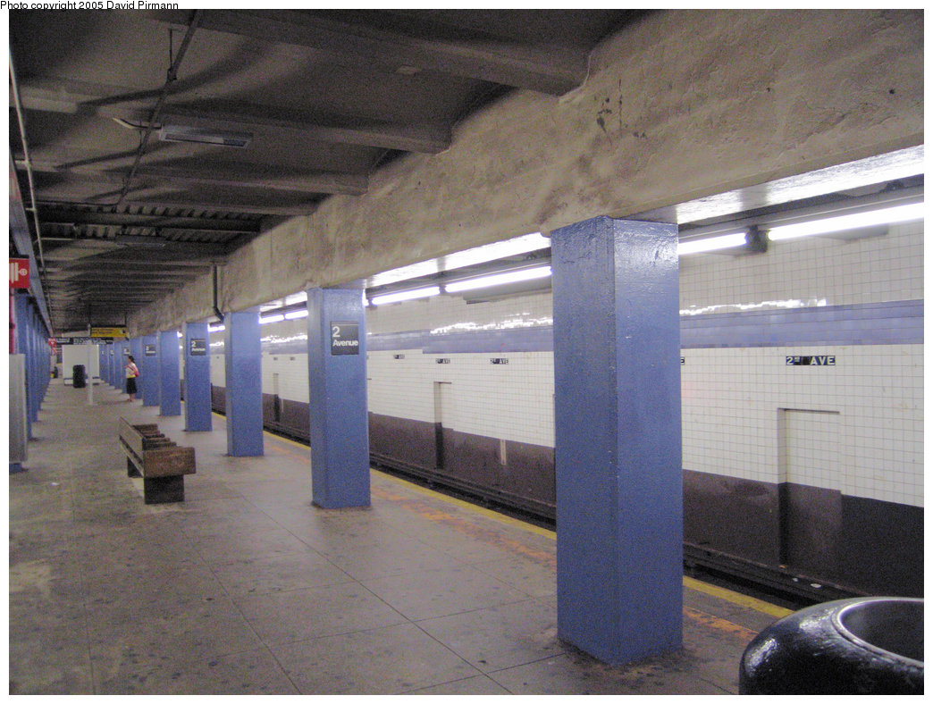(237k, 1044x788)<br><b>Country:</b> United States<br><b>City:</b> New York<br><b>System:</b> New York City Transit<br><b>Line:</b> IND 6th Avenue Line<br><b>Location:</b> 2nd Avenue <br><b>Photo by:</b> David Pirmann<br><b>Date:</b> 6/30/2005<br><b>Notes:</b> View of northbound platform<br><b>Viewed (this week/total):</b> 0 / 2131