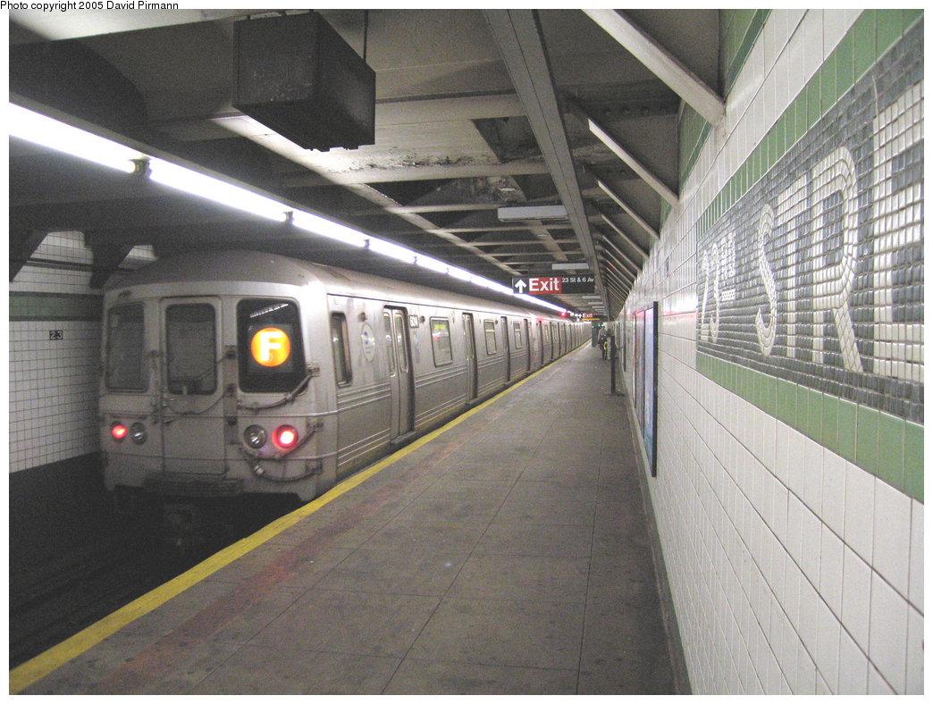 (234k, 1044x788)<br><b>Country:</b> United States<br><b>City:</b> New York<br><b>System:</b> New York City Transit<br><b>Line:</b> IND 6th Avenue Line<br><b>Location:</b> 23rd Street <br><b>Route:</b> F<br><b>Car:</b> R-46 (Pullman-Standard, 1974-75) 6014 <br><b>Photo by:</b> David Pirmann<br><b>Date:</b> 6/30/2005<br><b>Notes:</b> Northbound platform<br><b>Viewed (this week/total):</b> 1 / 4002