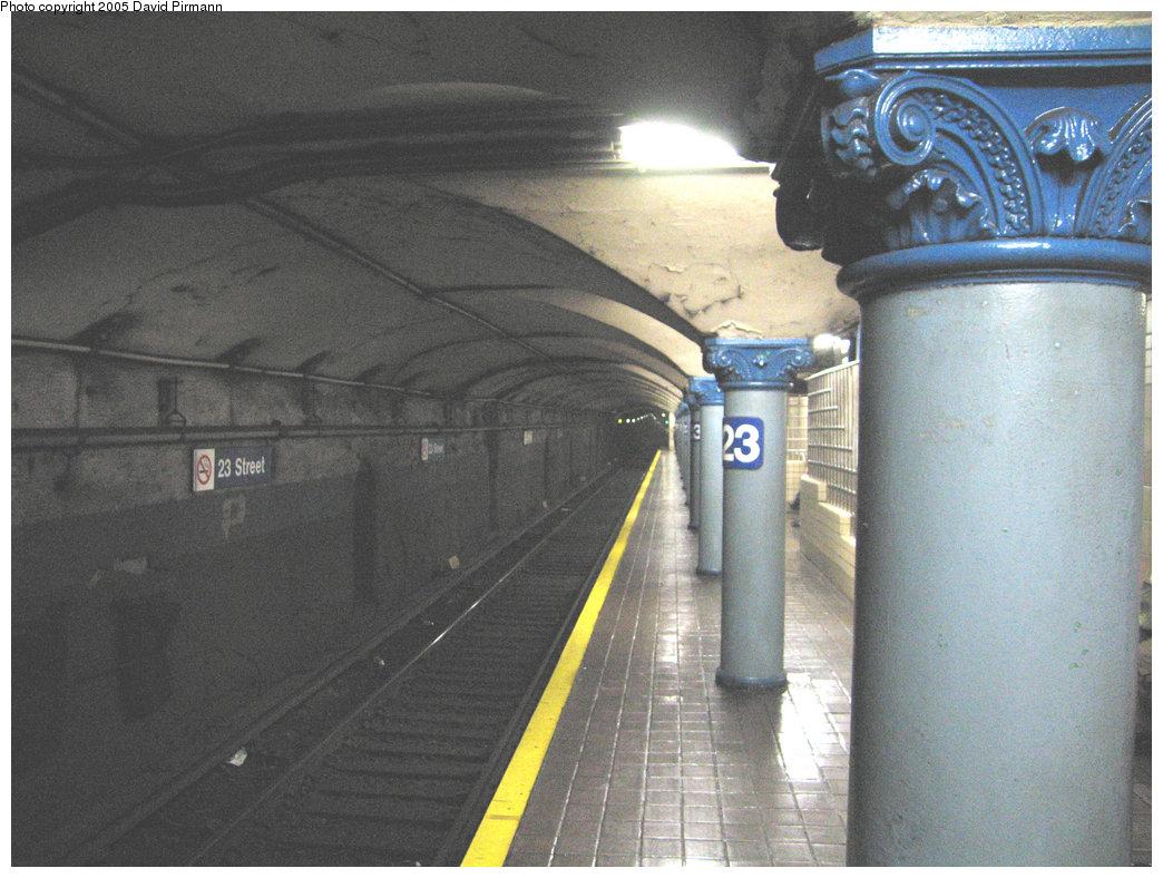 (208k, 1044x788)<br><b>Country:</b> United States<br><b>City:</b> New York<br><b>System:</b> PATH<br><b>Location:</b> 23rd Street <br><b>Photo by:</b> David Pirmann<br><b>Date:</b> 6/30/2005<br><b>Notes:</b> Southbound platform<br><b>Viewed (this week/total):</b> 2 / 3637