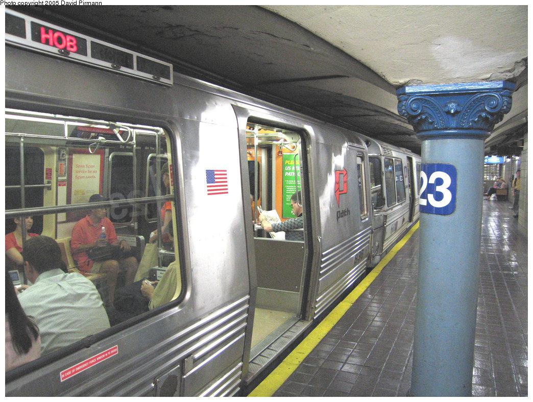 (264k, 1044x788)<br><b>Country:</b> United States<br><b>City:</b> New York<br><b>System:</b> PATH<br><b>Location:</b> 23rd Street <br><b>Car:</b> PATH PA-4 (Kawasaki, 1986)  836 <br><b>Photo by:</b> David Pirmann<br><b>Date:</b> 6/30/2005<br><b>Notes:</b> Southbound platform<br><b>Viewed (this week/total):</b> 0 / 4599