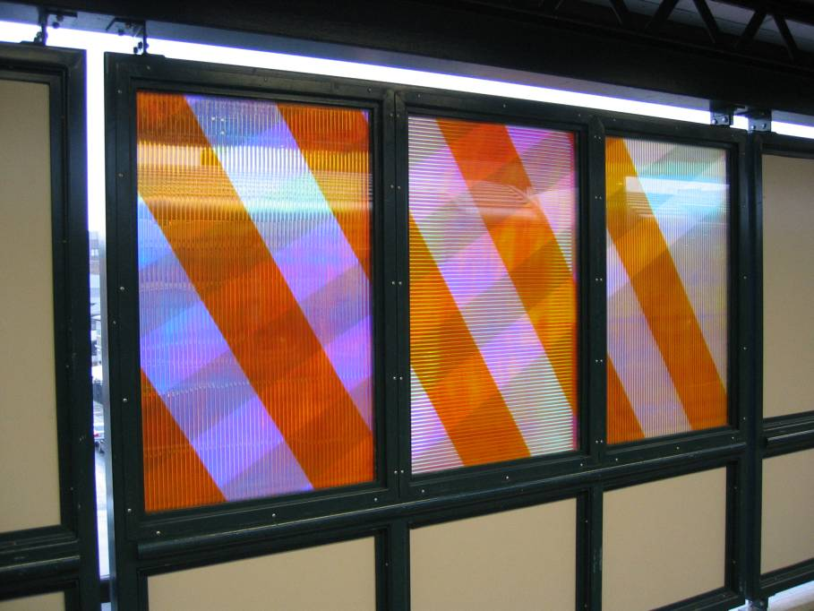 (80k, 909x682)<br><b>Country:</b> United States<br><b>City:</b> New York<br><b>System:</b> New York City Transit<br><b>Line:</b> IRT Flushing Line<br><b>Location:</b> 74th Street/Broadway <br><b>Photo by:</b> Robbie Rosenfeld<br><b>Date:</b> 7/6/2005<br><b>Artwork:</b> <i>Passage</i>, Tom Patti (2004).<br><b>Viewed (this week/total):</b> 4 / 2414