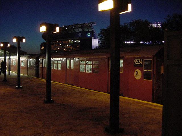 (61k, 640x480)<br><b>Country:</b> United States<br><b>City:</b> New York<br><b>System:</b> New York City Transit<br><b>Line:</b> IRT Flushing Line<br><b>Location:</b> Willets Point/Mets (fmr. Shea Stadium) <br><b>Route:</b> 7<br><b>Car:</b> R-36 Main Line (St. Louis, 1964) 9534 <br><b>Photo by:</b> Salaam Allah<br><b>Date:</b> 9/18/2002<br><b>Viewed (this week/total):</b> 0 / 3535