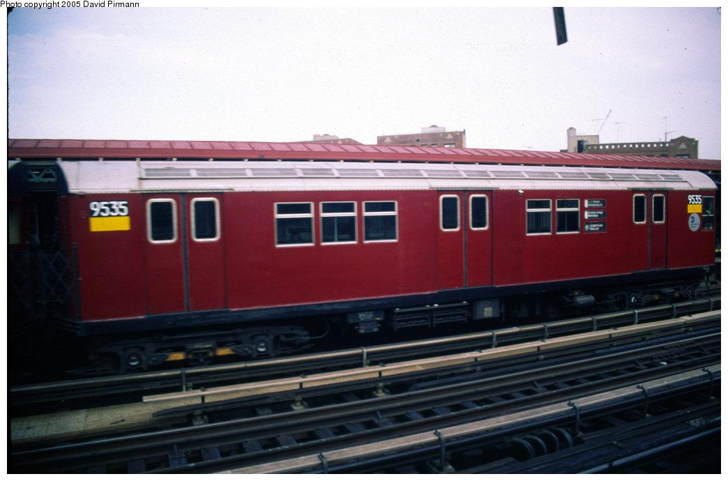 (138k, 1044x690)<br><b>Country:</b> United States<br><b>City:</b> New York<br><b>System:</b> New York City Transit<br><b>Line:</b> IRT Pelham Line<br><b>Location:</b> Whitlock Avenue <br><b>Route:</b> 6<br><b>Car:</b> R-36 Main Line (St. Louis, 1964) 9535 <br><b>Photo by:</b> David Pirmann<br><b>Date:</b> 7/21/1999<br><b>Viewed (this week/total):</b> 0 / 4693