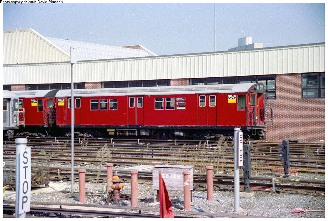 (247k, 1044x703)<br><b>Country:</b> United States<br><b>City:</b> New York<br><b>System:</b> New York City Transit<br><b>Location:</b> Westchester Yard<br><b>Car:</b> R-36 Main Line (St. Louis, 1964) 9545 <br><b>Photo by:</b> David Pirmann<br><b>Date:</b> 9/13/1998<br><b>Viewed (this week/total):</b> 1 / 5772