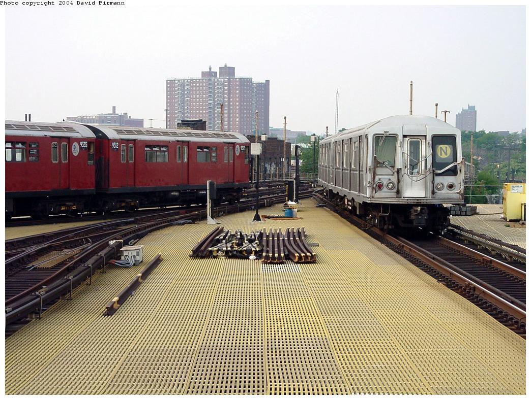 (181k, 1044x788)<br><b>Country:</b> United States<br><b>City:</b> New York<br><b>System:</b> New York City Transit<br><b>Location:</b> Coney Island/Stillwell Avenue<br><b>Route:</b> Fan Trip<br><b>Car:</b> R-33 World's Fair (St. Louis, 1963-64) 9312 <br><b>Photo by:</b> David Pirmann<br><b>Date:</b> 8/27/2000<br><b>Viewed (this week/total):</b> 0 / 4939