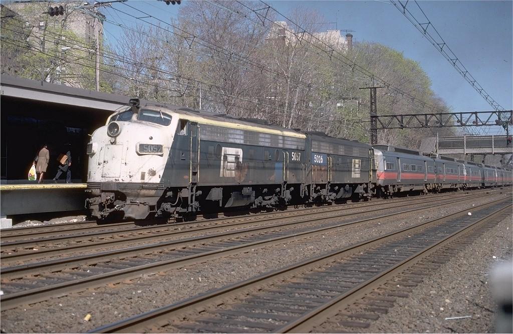 (248k, 1024x668)<br><b>Country:</b> United States<br><b>System:</b> Metro-North Railroad (or Amtrak or Predecessor RR)<br><b>Line:</b> Metro North-New Haven Line<br><b>Car:</b> MNRR/NH FL9 5057 <br><b>Collection of:</b> Joe Testagrose<br><b>Date:</b> 4/1979<br><b>Viewed (this week/total):</b> 4 / 2836