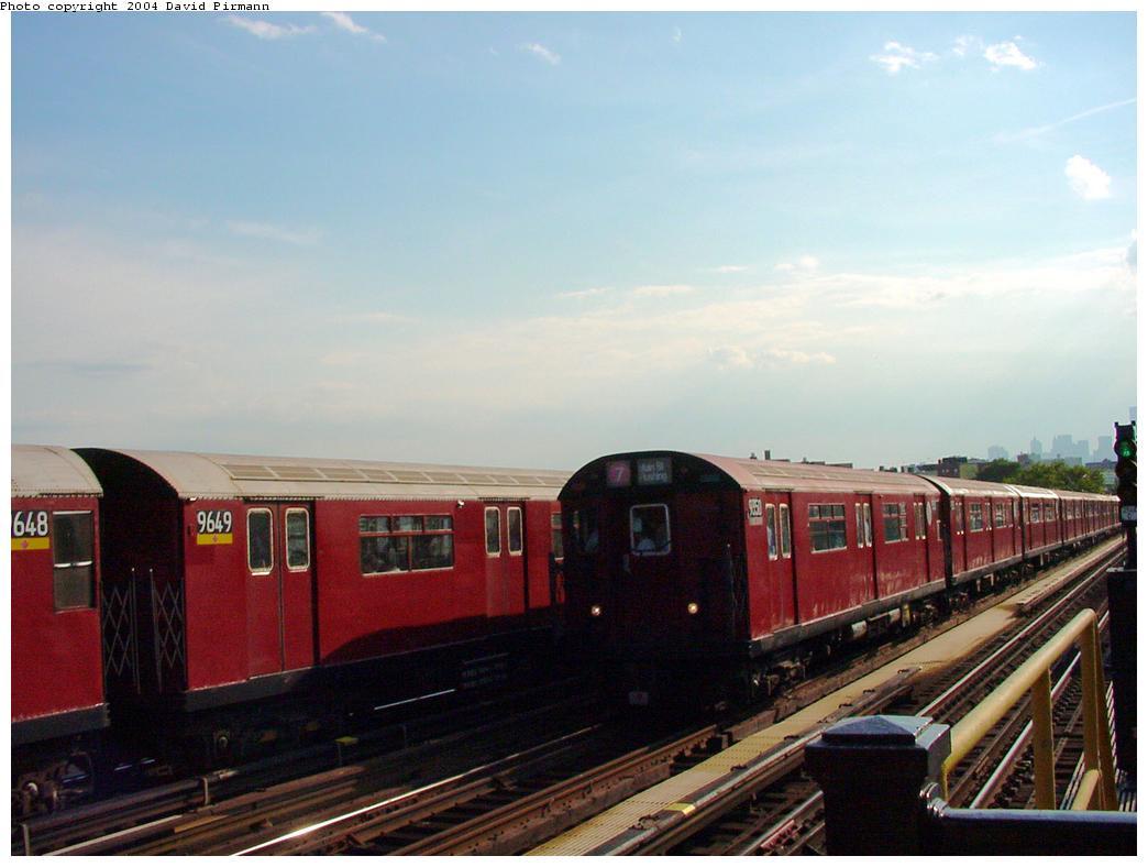 (92k, 1044x788)<br><b>Country:</b> United States<br><b>City:</b> New York<br><b>System:</b> New York City Transit<br><b>Line:</b> IRT Flushing Line<br><b>Location:</b> 52nd Street/Lincoln Avenue <br><b>Route:</b> 7<br><b>Car:</b> R-36 World's Fair (St. Louis, 1963-64) 9350 <br><b>Photo by:</b> David Pirmann<br><b>Date:</b> 7/16/2001<br><b>Viewed (this week/total):</b> 0 / 3723