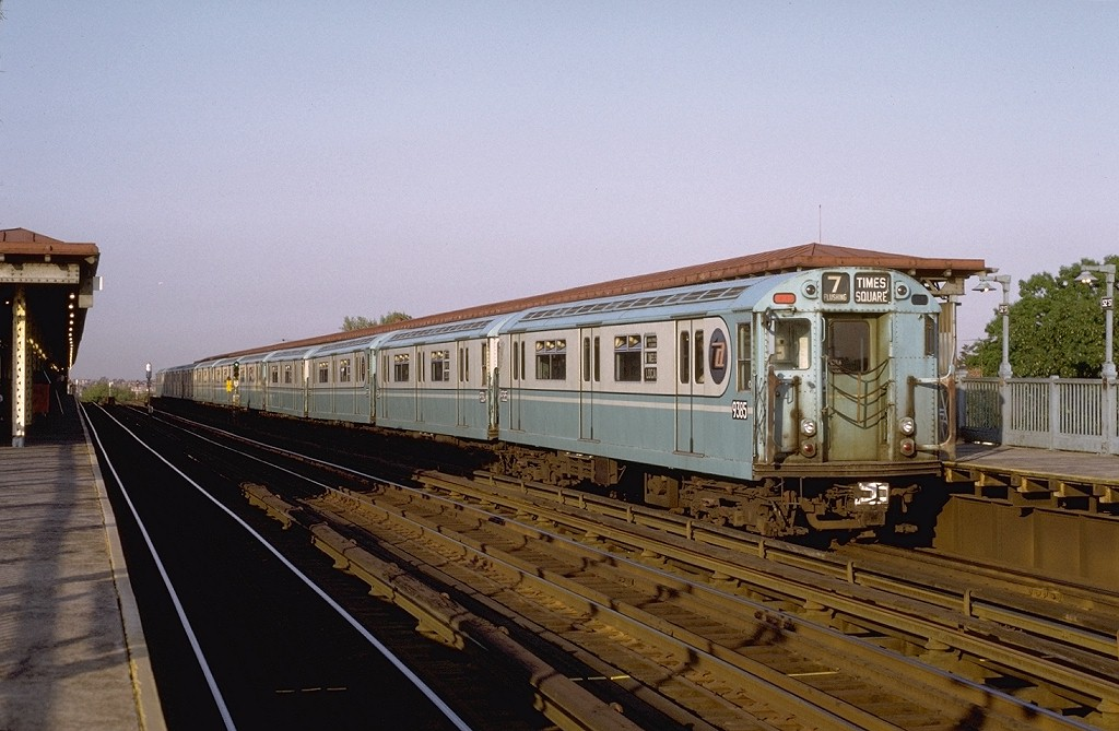 (180k, 1024x669)<br><b>Country:</b> United States<br><b>City:</b> New York<br><b>System:</b> New York City Transit<br><b>Line:</b> IRT Flushing Line<br><b>Location:</b> 52nd Street/Lincoln Avenue <br><b>Route:</b> 7<br><b>Car:</b> R-36 World's Fair (St. Louis, 1963-64) 9385 <br><b>Photo by:</b> Joe Testagrose<br><b>Date:</b> 5/24/1972<br><b>Viewed (this week/total):</b> 0 / 4717