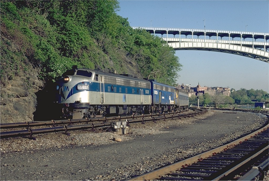 (329k, 1024x689)<br><b>Country:</b> United States<br><b>City:</b> New York<br><b>System:</b> Metro-North Railroad (or Amtrak or Predecessor RR)<br><b>Line:</b> Metro North-Hudson Line<br><b>Location:</b> Spuyten Duyvil <br><b>Car:</b> MNRR/NH FL9 5031 <br><b>Photo by:</b> Steve Zabel<br><b>Collection of:</b> Joe Testagrose<br><b>Date:</b> 5/5/1981<br><b>Viewed (this week/total):</b> 2 / 2947