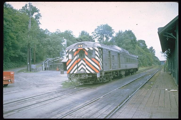 (129k, 768x512)<br><b>Country:</b> United States<br><b>System:</b> Metro-North Railroad (or Amtrak or Predecessor RR)<br><b>Line:</b> Metro North-Harlem Line<br><b>Location:</b> Brewster <br><b>Car:</b> RDC  497 <br><b>Collection of:</b> Joe Testagrose<br><b>Date:</b> 8/1967<br><b>Viewed (this week/total):</b> 3 / 2541