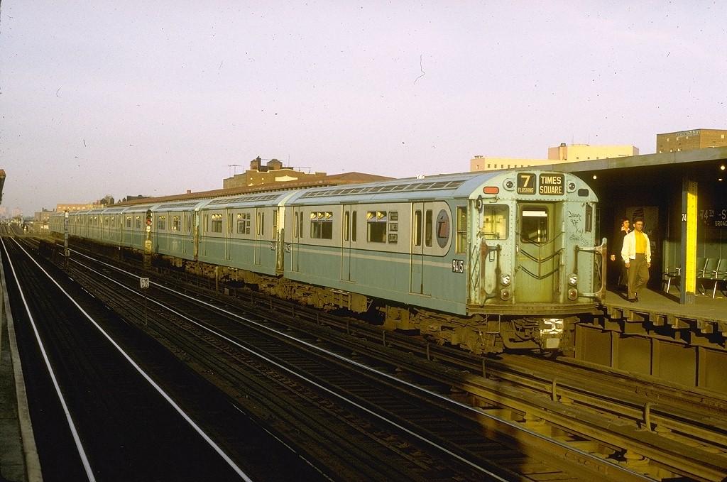 (208k, 1024x679)<br><b>Country:</b> United States<br><b>City:</b> New York<br><b>System:</b> New York City Transit<br><b>Line:</b> IRT Flushing Line<br><b>Location:</b> 74th Street/Broadway <br><b>Route:</b> 7<br><b>Car:</b> R-36 World's Fair (St. Louis, 1963-64) 9415 <br><b>Photo by:</b> Joe Testagrose<br><b>Date:</b> 5/13/1972<br><b>Viewed (this week/total):</b> 1 / 3964